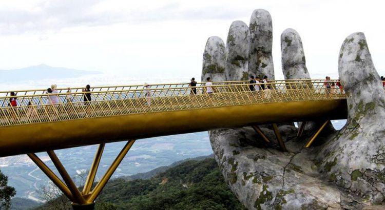 Златният мост във Виетнам