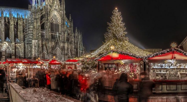 Коледните базари в Кьолн – вълшебна многолика Коледа