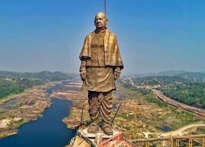 Индия вдигна най-високата статуя в света 1