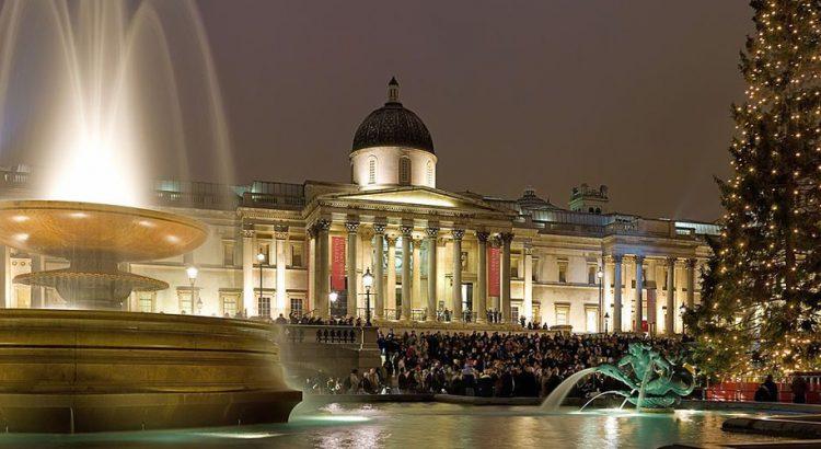 Лондон – градът с най-красива коледна украса