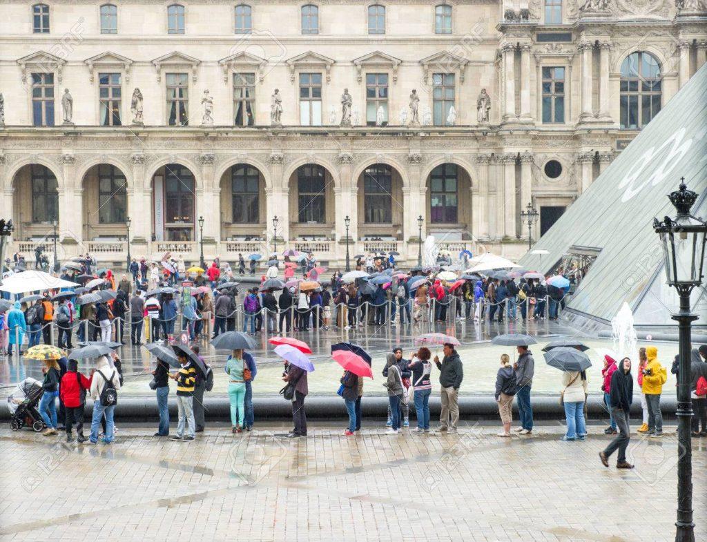 Лувърът се похвали с рекордните 10 милиона посетители 3