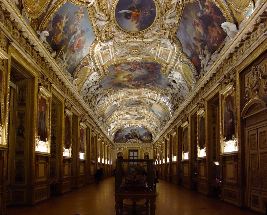 Лувърът се похвали с рекордните 10 милиона посетители 6