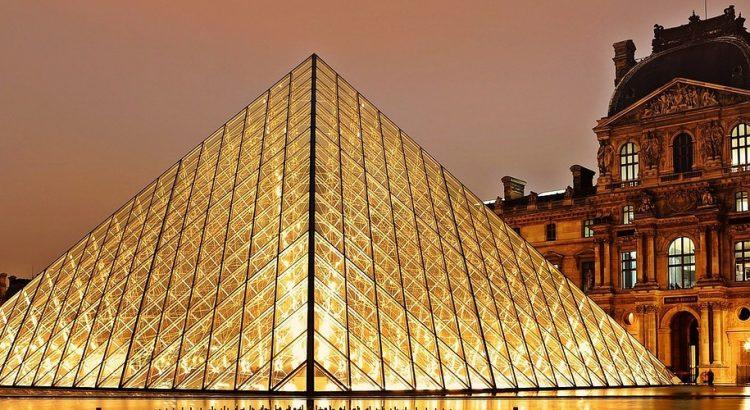 Ще се отложи ли изложбата на Леонардо да Винчи в Лувъра?