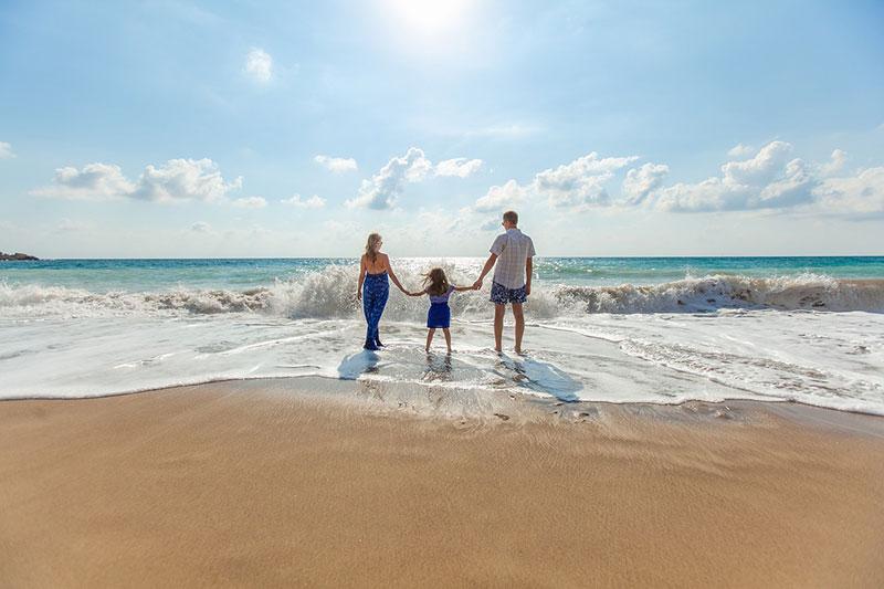 С деца на море - какво да вземем 1