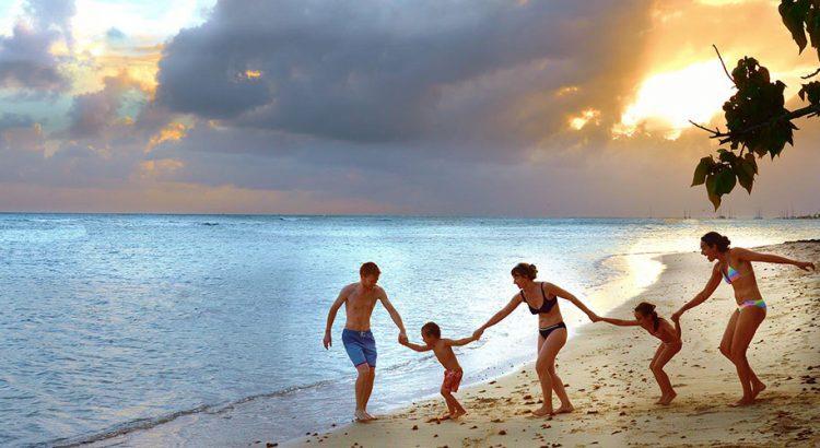 С деца на море – какво да вземем