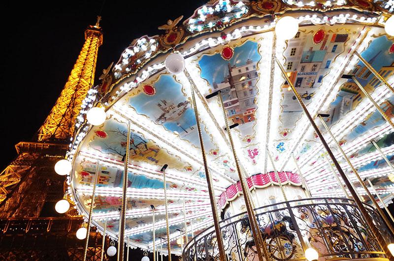 Как празнуват Нова Година в Париж? 4