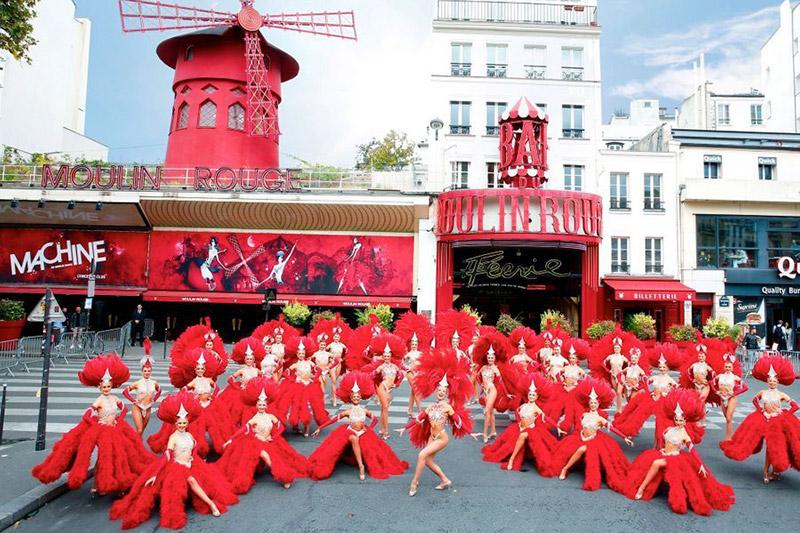 Мулен Руж празнува 130 години слава 1