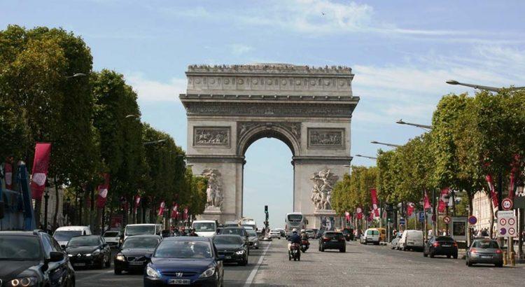Да опаковаш Триумфалната арка