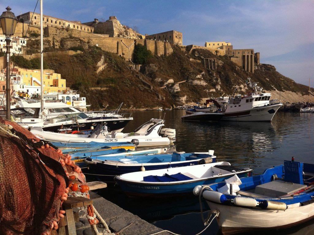 Прекрасният залив на Неапол 3